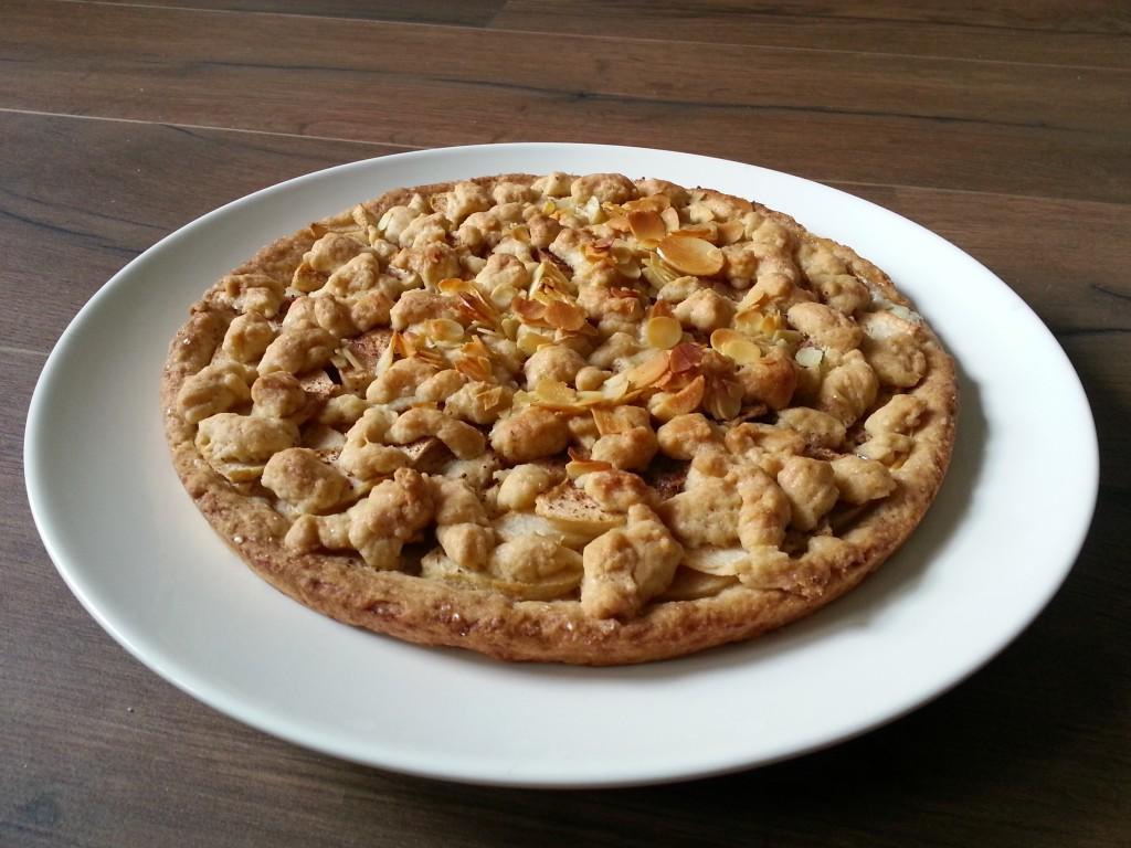 Veganiškas obuolių pyragas, be kiaušinių